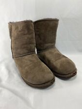 Uggs chocolate brown boots Classic short  5251 size 3 big kid dark espresso