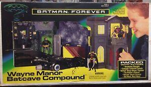 Vintage 1995 Kenner Batman Forever Wayne Manor Batcave Compound
