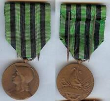 Médaille - Commémorative guerre 1870/1871 avec son épingle de port d'époque