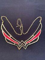 Wonder Woman Necklace Gold Tone Enamel DC Comics Gal Gadot Lynda Carter USA!!!