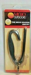 The Mojo Hooker HW2301 Floating Hunting Decoy Stringing Tool  Texas Rigs