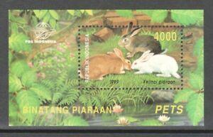 INDONESIA 1999 PET DOMESTIC ANIMALS DOMESTIC RABBITS SOUVENIR SHEET 1 STAMP MINT