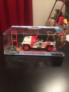 Jurassic World Park JP Staff Jeep Wrangler Jada Metals 1:24 Scale RARE