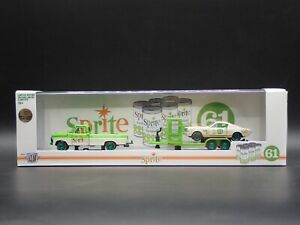2021 M2 MACHINES AUTO HAULER 67' FORD F100 1965 MUSTANG SPRITE GOLD CHASE 1/750