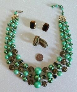 Vintage Estate Lot Necklace Earrings 2 Pair VERY OLD 3 Strand Lucite Green #510