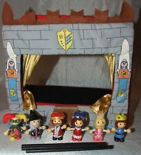 Magnetic puppet theatre, Fiesta Crafts. W704