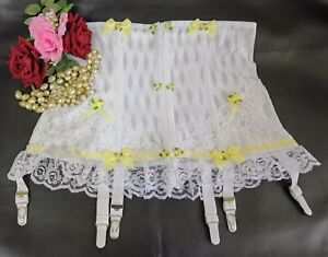 Vintage Sissy Frilly Lace Suspender Girdle 6 Metal Garters White-Lemon Size 14