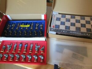 NIB 2020 Battle For The White House Collectible Chess Set +NIB Wood Storage Box