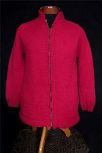 VINTAGE 1950'S-1960'S HEAVY HAND KNIT RED WOOL LONG SWEATER ZIPPER FRONT - SMALL