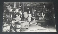 CPA CARTE POSTALE FRANCE CHAMPAGNE EPERNAY PERRIER-JOUËT DEGORGEMENT