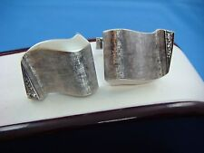 14K WHITE GOLD LARGE AND HEAVY MEN'S CUFFLINKS WITH DIAMONDS, 18.3 GRAMS