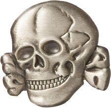 "Skull & Cross Bones Lapel Pin Pewter 1"""