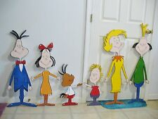 9-pc.SET HAND MADE & PAINTED WHOVILLE ARCH & WHOVILLE PEOPLE CHRISTMAS YARD ART
