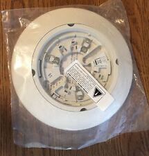 """EDWARDS CSB4U-1 CONVENTIONAL DETECTOR 4"""" BASE WITH C-TRIM SKIRT. NO RELAY."""