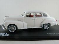 IXO #106 Opel Kapitän ´51 (1951-1953) in weiß 1:43 NEU/PC-Vitrine