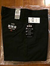 Dockers Signature Khaki D1 Slim Fit Black 32x32 Flat Front