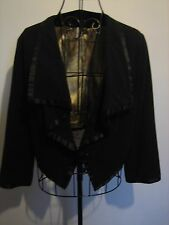 A WOMENS LOVELY BLACK  TOP SHOP JACKET SIZE 12  / BUTTON FASTENER