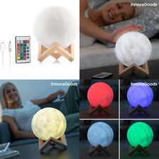 Lampara LED recargable la Luna 3D 15x18x15 cm, soporte de madera, táctil, mando