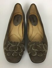 Earth Brushcherry Dark Taupe Suede Floral Wedge Heel Loafers Shoes Size 7B