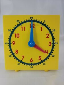 Yellow Student Table Top Learning Aid Clock For Homeschooling - Manual Operation