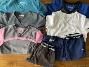 Lot of 8 grey's anatomy scrubs pants, tops Sz Medium M