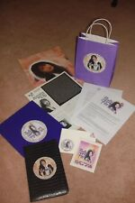 SELENA QUINTANILLA PEREZ - EXTREMELY RARE  BILLBOARD  PULLOUT w/ FREE ITEMS!