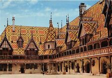 Br361 France Beaune Hotel Dieu Cour d´Honneur