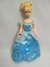 Disney Princess Twinkle Cinderella Doll Light Up Dress and Sound Effects.