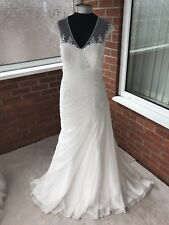 VICTORIA JANE BY RONALD JOYCE WEDDING DRESS IVORY SIZE UK 18 (ONE ONLY)