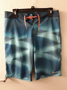 Nike Men's Multicolor Board Shorts Size 30 Excellent Used Condition