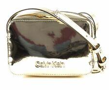 Calvin Klein CK Must PSP20 Camera Bag M Umhängetasche Tasche Champagne Gold