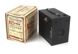 SEARS KEWPIE NO. 2A BOX CAMERA IN WORN/TAPED ORIGINAL BOX, NICE/cks/189062