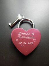 Lucchetto dell'amore Forma cuore rosa brillante con su entrambi i lati Incisione