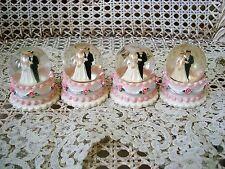 SET OF 4 BEAUTIFUL BRIDE & GROOM MINIATURE WEDDING CAKE SNOWGLOBES GIFTS FAVORS