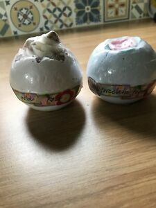 Two Bomb Cosmetics Bath Bombs Wild Rose & Porcelain Peony
