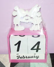New Disney Mickey and Minnie Mouse Wooden Block Perpetual Calendar