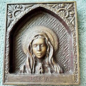 Our Lady, Maria 019 - Sacred Art Carving 8.5 in. x 7.5 in