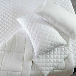 4 Pack Zipped Quilted Pillow Protectors Luxury Soft Pillows Pair Poly Cotton