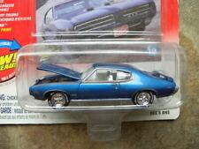 1969 PONTIAC GTO  #19             2004 JOHNNY LIGHTNING MUSCLE CARS U.S.A 1:64