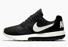 Nike MD Runner 2 LW Men's Shoes running/gym Size 13 black/white 844857 010