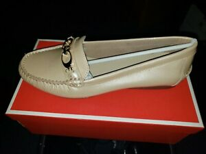 Coach pearlized loafers womens 8