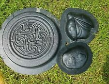 """3 plastic molds second quality / overstock. Range in size from 6"""" to 12"""""""