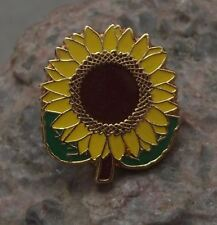 Beautiful Yellow Brown Giant Sun Flower Sunflower in Bloom Brooch Pin Badge