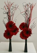 perfect gift set 2 x Red Displays glass vases Weddings, HOME LIVING, Lounge,