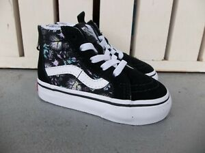 NWT VANS GIRLS TODDLER SK8-HI ZIP SNEAKERS/SHOES.SIZE 5.BRAND NEW FOR 2021.SAVE