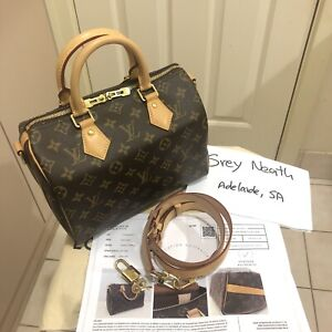Authentic LV Speedy 25 Bandouliere