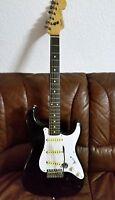 Fender Stratocaster 1988 Made in Japan UNIKAT-SPEZIAL-UMBAU !