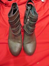 ~~MATERIAL GIRL Grey Leather Minah Scrappy Riveted Boots Shoes Size 11~~