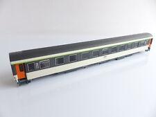 ROCO CAISSE VOITURE VOYAGEURS TYPE CORAIL DE LA SNCF 051-4