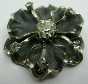 Vintage Rhinestone Flower Brooch Pin.  One large and five small Rhinestones